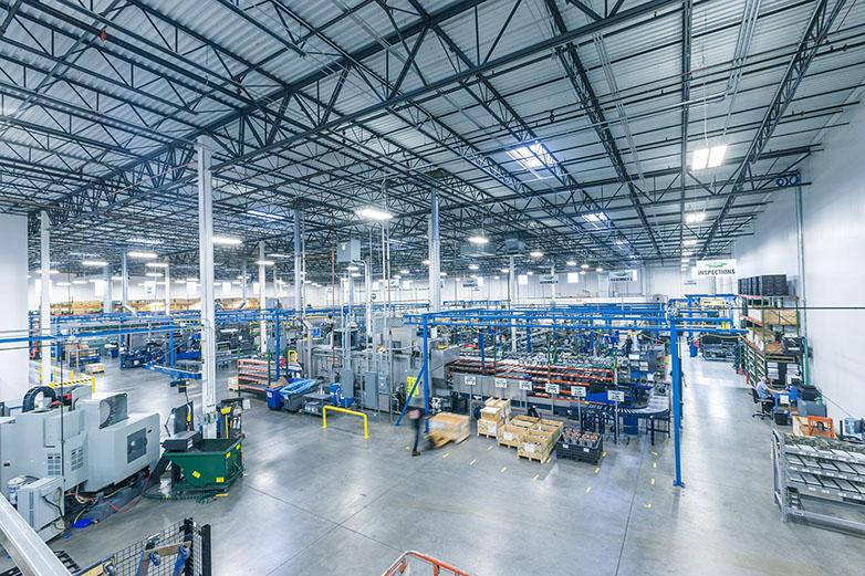Hochmodern und effizient – die Produktionshalle von BITZER U.S., Inc.