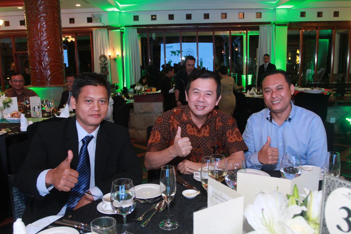Daumen hoch für 20 Jahre BITZER Indonesien