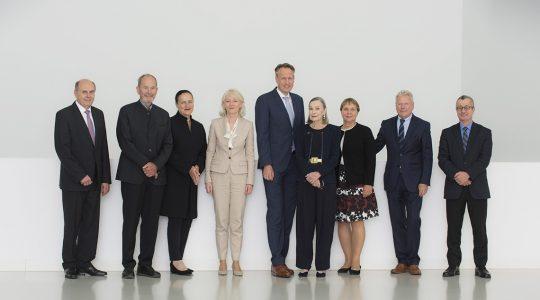 Hermann Renz, Professor Hans Quack, Marion Johannsen, Barbara Bergmann, Ingo Smit, Christiane Schaufler-Münch, Ingrid Bossert-Spiegelhalder, Professor Peter Pfeiffer, Dr. Tayfun Belgin (v. l.)