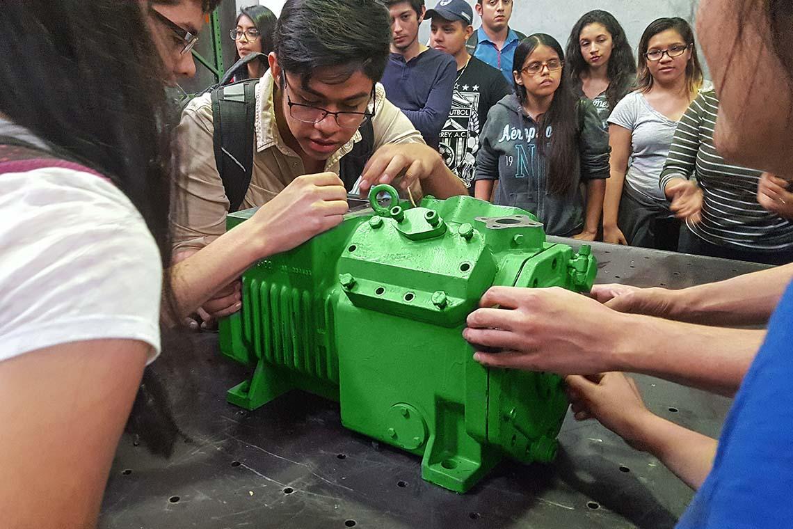 分析一台比泽尔活塞式压缩机